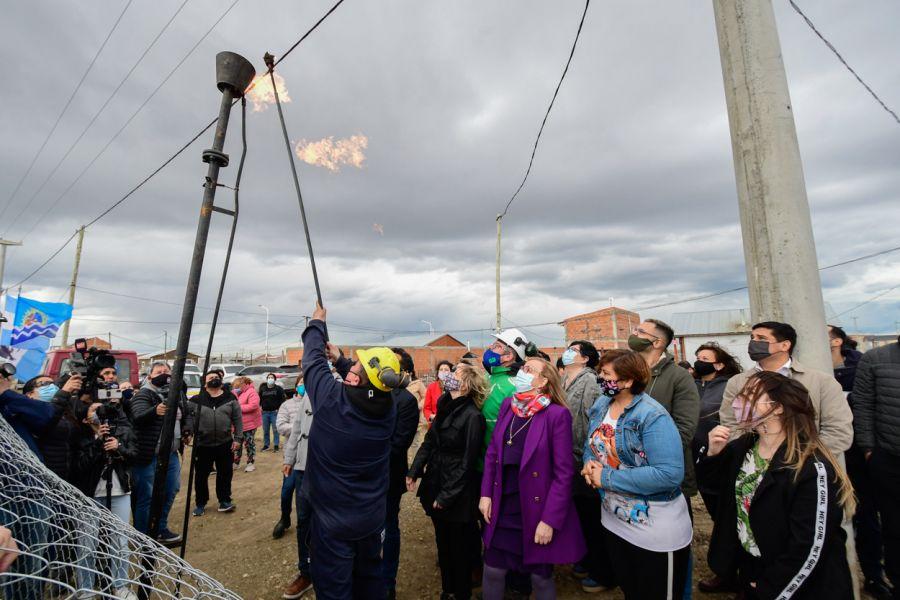 El Gobierno inauguró red de distribución de gas del Bº 22 de Septiembre de Río Gallegos