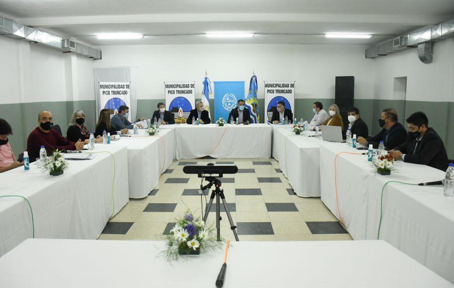 El Gobierno Provincial concreta agenda de trabajo en Pico Truncado