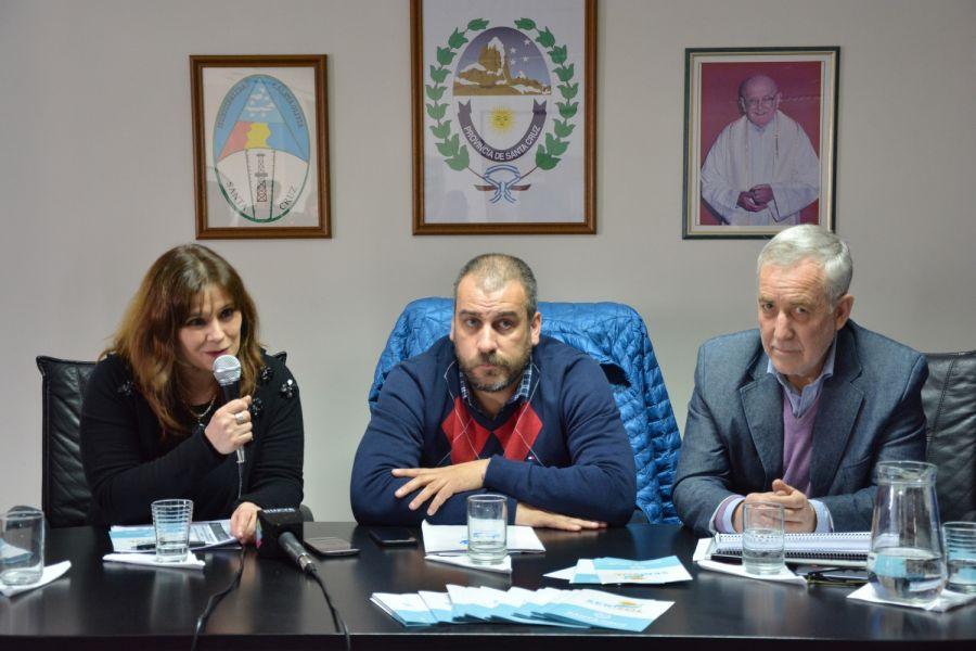 Vecinos Caletenses y funcionarios municipales acompañaron la presentación del Ser.Sol