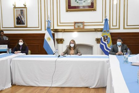 Alicia encabezó la adhesión de municipios de Santa Cruz a la Agenda 2030