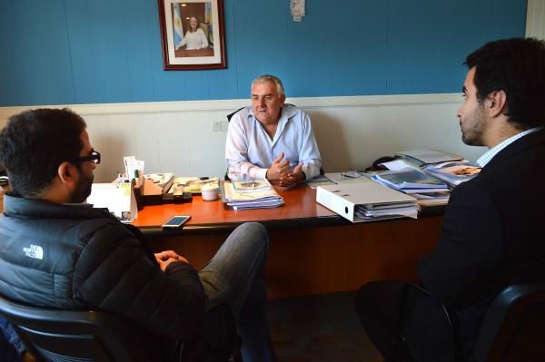 Firman convenio para capacitación de alumnos de EPJA 4 de Río Gallegos