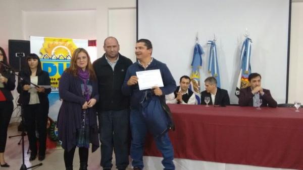 Alicia Kirchner entregó nuevos títulos de propiedad para Las Heras