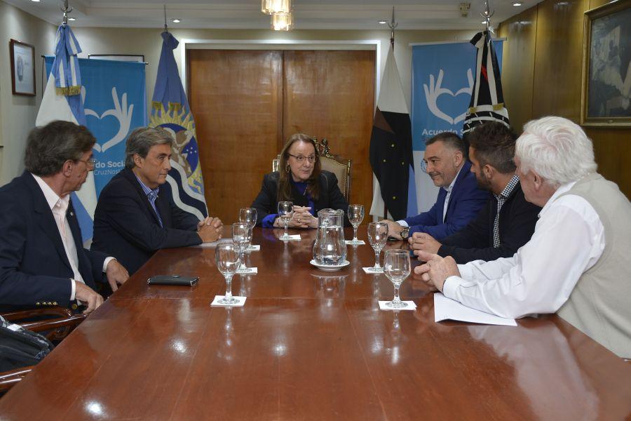Alicia recibió a las autoridades de la Comisión Nacional de Energía Atómica