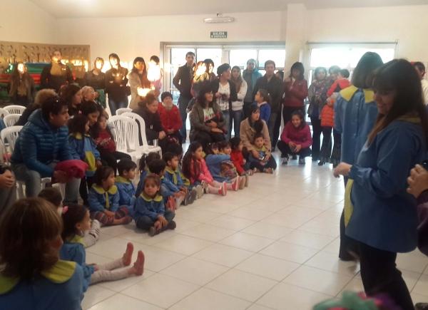 Intensa actividad de las salas de 3 del Jardín 64 de Puerto San Julián
