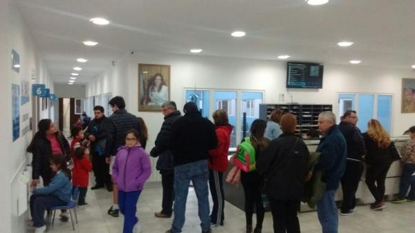 Mas de mil personas se vacunaron en el Hospital Fernando Peliche